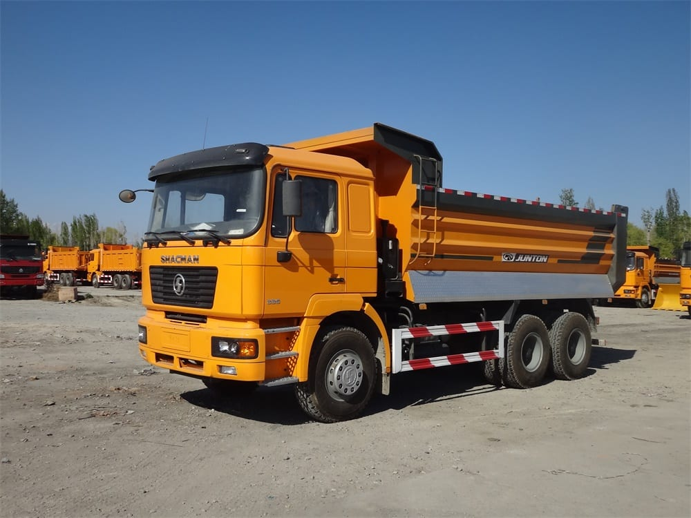 6X4 TIPPER WITH SIDE GUARD